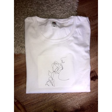 T-shirt damski z nadrukiem