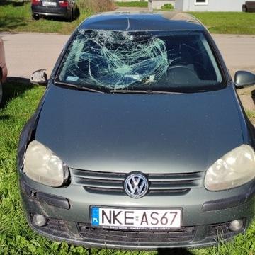 VW Golf V uszkodzony/na części