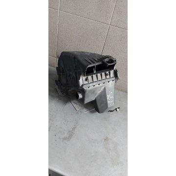 Obudowa filtra powietrza Audi A4 B6 1.8t 8E0133835