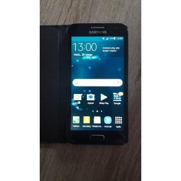Samsung Galaxy A3 w bardzo dobrym stanie.
