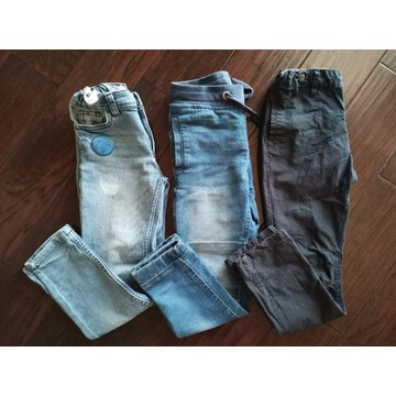 Długie spodnie chłopięce r. 110