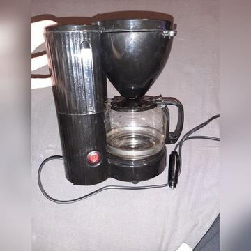 Samochodowy ekspres do kawy