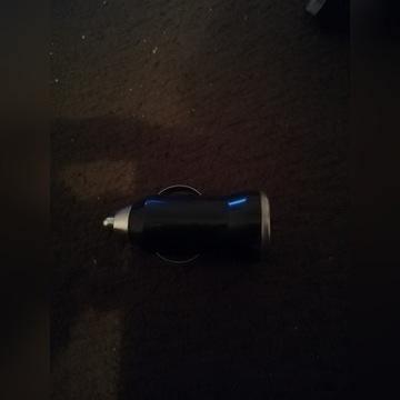 ŁADOWARKA USB SAMOCHODOWA