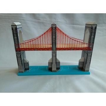 Wielki, najwyższy most kolejka drewniana