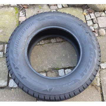 Komplet Bridgestone Blizzak dm-v2 265/65r17  10mm