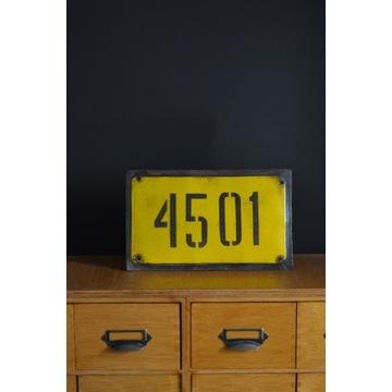 Tabliczka tablica metalowa z numerem 4501 loft prl