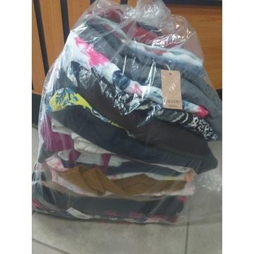 -30%%% Zestaw odzieży damskiej  sukienki bluzki