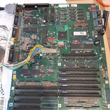 Plyta główna do Amigi 2000 z modem 2mb.