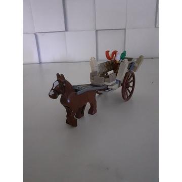 Lego władca pierścieni przybycie Gandalfa 9469