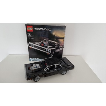 Lego Dodge Charger 42111