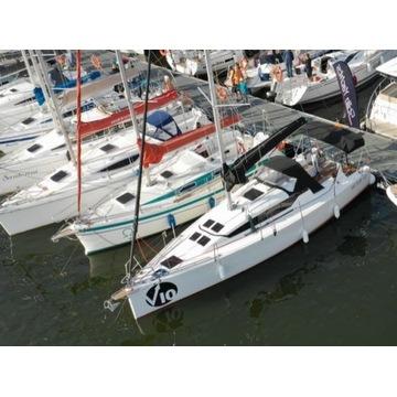 Jacht żaglowy VECTOR 10.2