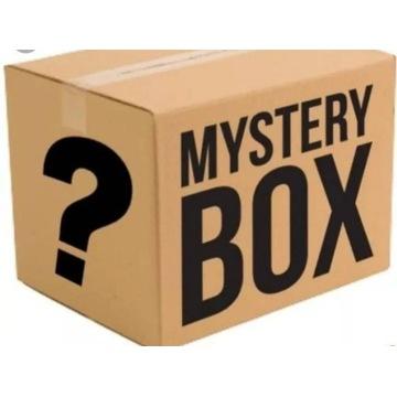 Mystery Box z ubraniami
