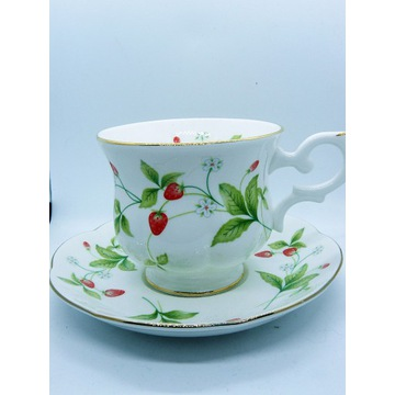 Porcelana Vintage Royal Canterbury truskawki