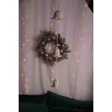 Szydełkowe dzwonki, wisząca ozdoba świąteczna.