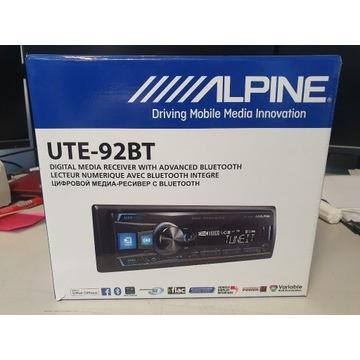 RADIO SAMOCHODOWE ALPINE UTE-92BT