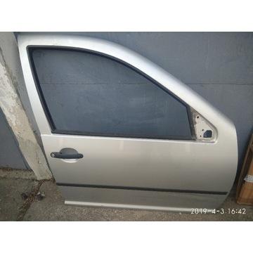 Drzwi prawe VW Golf IV 5 D