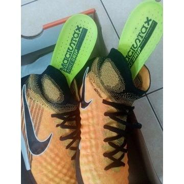 Turfy Nike Magista 42 26,5cm profy obra proximo