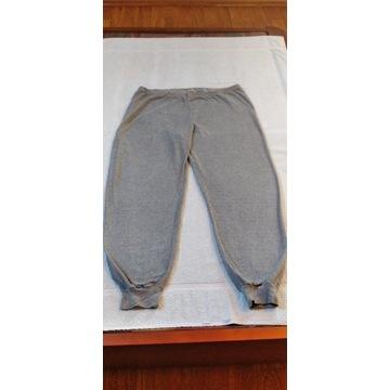 Sprzedam męskie spodnie pidżamowe z frotte.