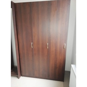 Szafa 3 drzwiowa 220x45x150