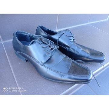 pantofle rozmiar 39 w stanie doskonałym polecam