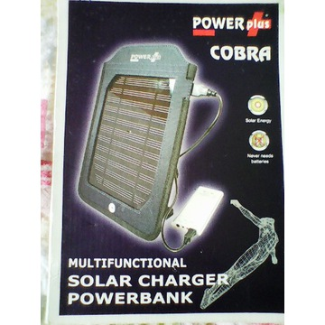 Ładowarka solarna z powerbankiem
