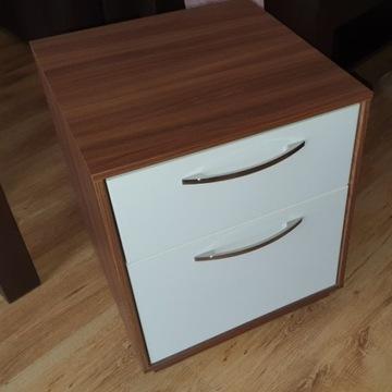 Komoda Nyvoll 2 szuflady średniobrązowy/biały