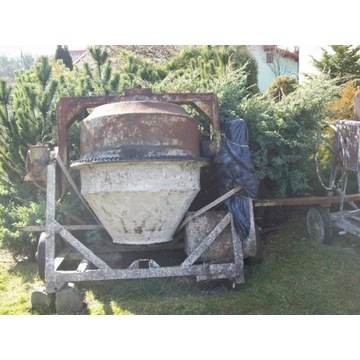 Solidna betoniarka 250 litrów