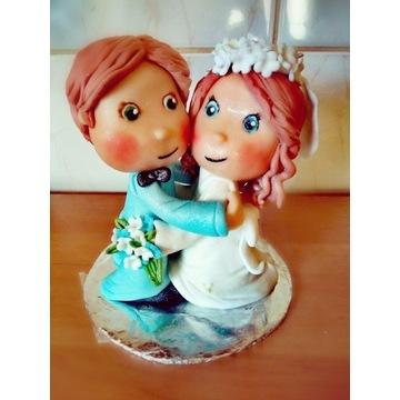 Para młoda figurka na tort z masy cukrowej