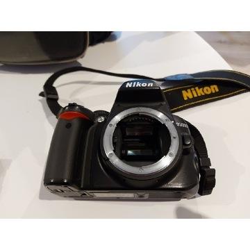 Aparat Nikon D3000 body