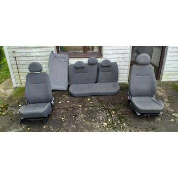 Opel corsa c komplet foteli,3d,stan bdb,okazja