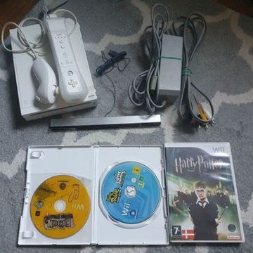 Konsola Nintendo Wii + 3 Gry