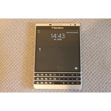 BlackBerry Passport Silver stan bardzo dobry