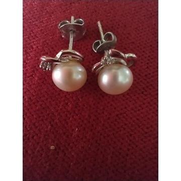 Kolczyki srebrne z perłą i cyrkonią