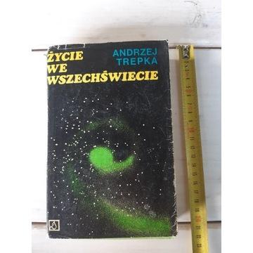 Książka - Życie we wszechświecie Andrzej Trepka