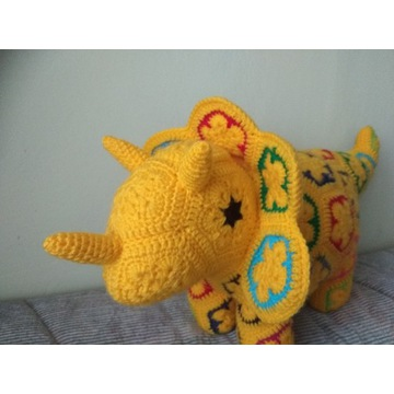 Zabawka dinozaur maskotka szydełko handmade