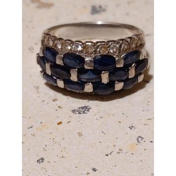 Piękny okazały pierścionek z naturalnymi szafirami