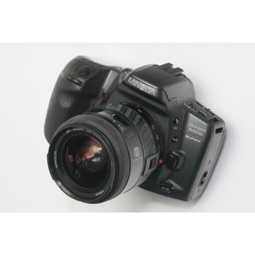 Minolta Dynax 500si SUPER + 28-80 MACRO