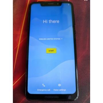 Smartfon Motorola One