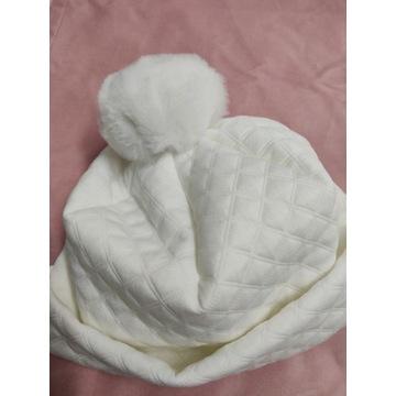 Czapka damska zimowa beanie biała pompon handmade