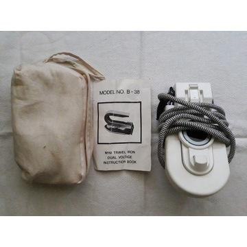 Zabytkowe żelazko MINI TRAVEL IRON MODEL B-38