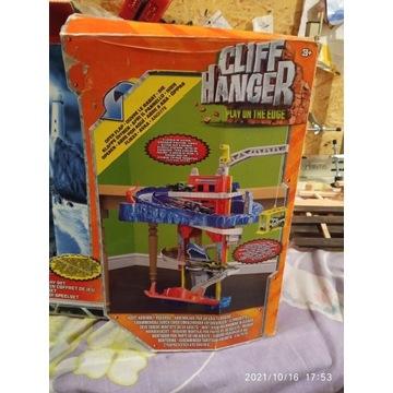 CLIFF HANGER Matchbox