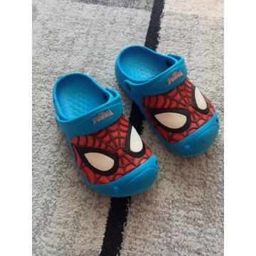 Klapki Crocsy Spiderman roz. 28