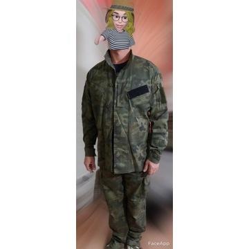 Mundur wojskowy plus plecak taktyczny