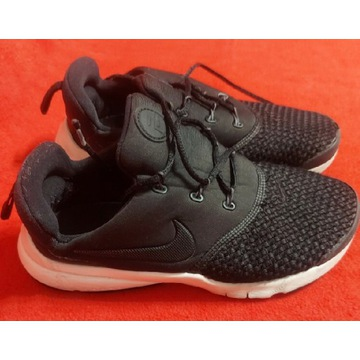 Buciki sportowe  Nike 35/22