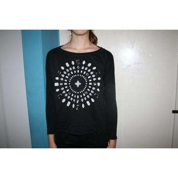 bluza damska czarna 36 S dekoracyjne kamienienie