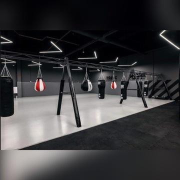 Konstrukcja do podwieszenia worków bokserskich