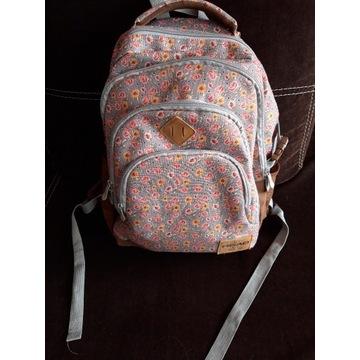 Plecak czterokomorowy Head młodzieżowy, modny