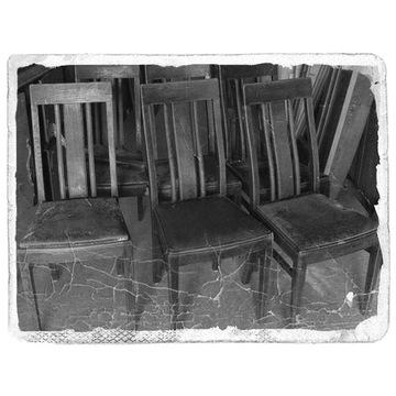 MAGAZYN sześć krzeseł tel. 883322162
