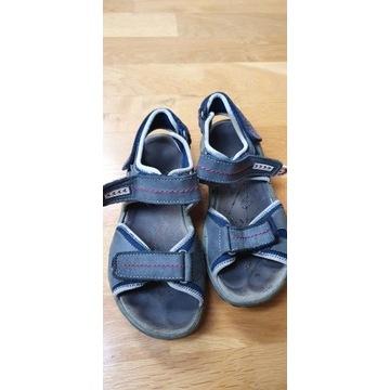 Sandały chłopięce Primigi rozmiar 36