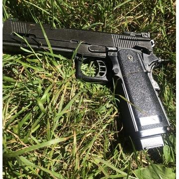 Colt hi capa WE do ASG pistolet zamiana